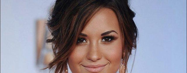 Demi Lovato benutzt plastische Chirurgie!  Ist es wahr?