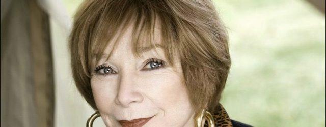 Shirley MacLaine verweigert sich für plastische Chirurgie