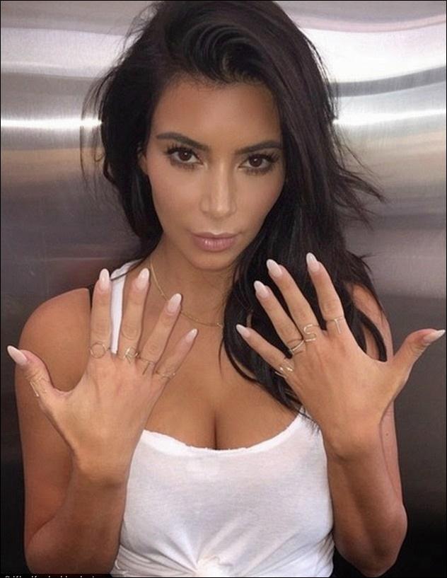 Kim Kardashian Hands Chirurgie vor und nach der Laserbehandlung
