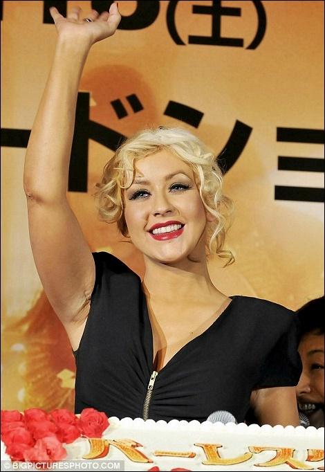 Christina Aguilera Brustvergrößerung Vorher-Nachher Fotos