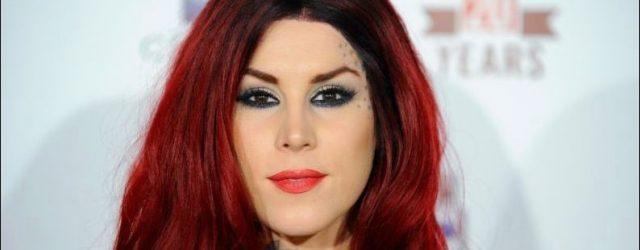 Kat Von D Tattoos, Tinte und plastische Chirurgie