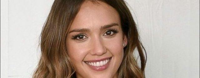 Jessica Alba: Plastische Chirurgie oder ist sie von Natur aus gesegnet?